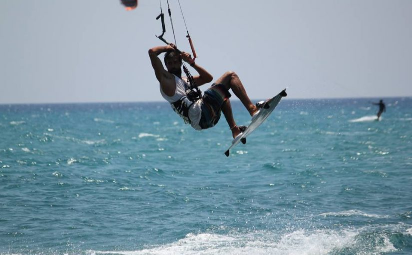 kitesurfing lessons in greece (equipment demonstration and guide)