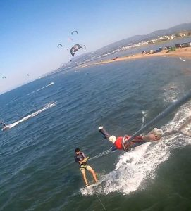 Kitesurf Session @ Oropos, Athens Greece - Unhooked Backroll , Frontroll Kiteloop and so on...