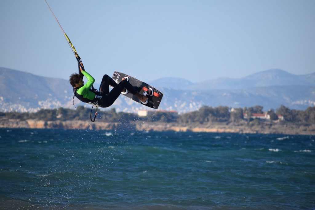 kitesurf athens session at kavouri december 10/12/2017